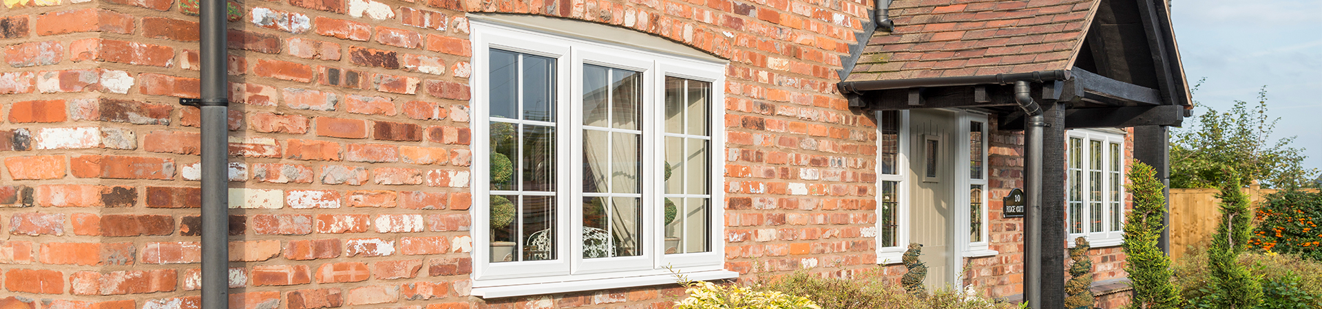 best sneakers dd2a6 e38fe Compare the best Double Glazing Companies: How to Choose the ...